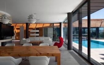 living room swimming pool3 338x212