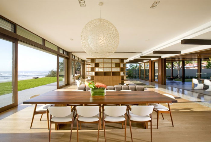 multiple-dining-living-area7