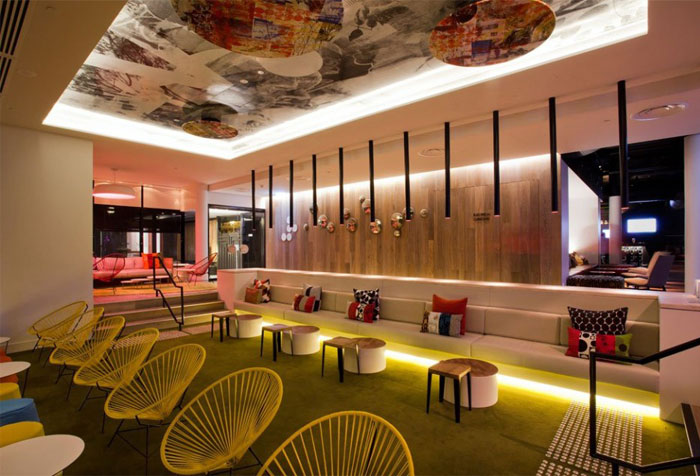 bright-colours-patterns-interior10
