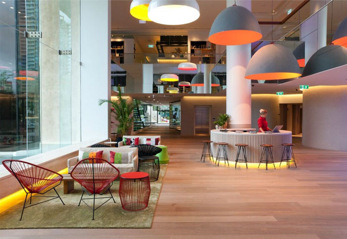 bright-colours-patterns-interior5