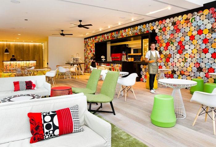 bright-colours-patterns-interior9