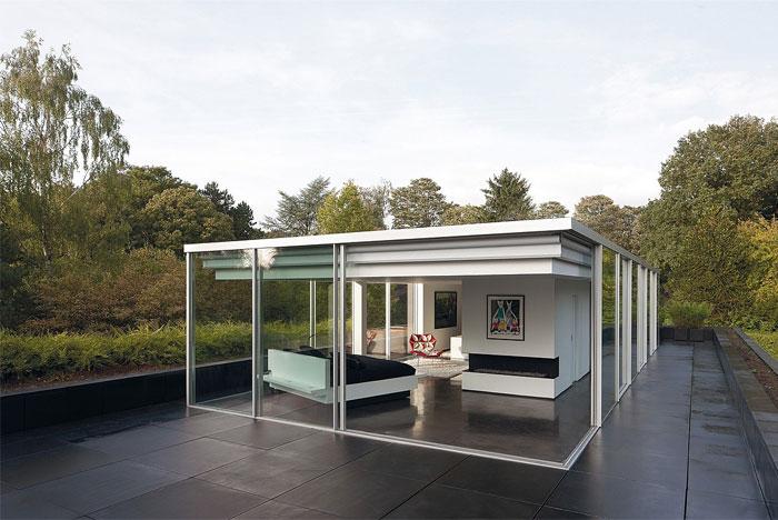 glass-apartment-expansive-views11