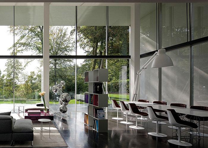 glass-apartment-expansive-views2