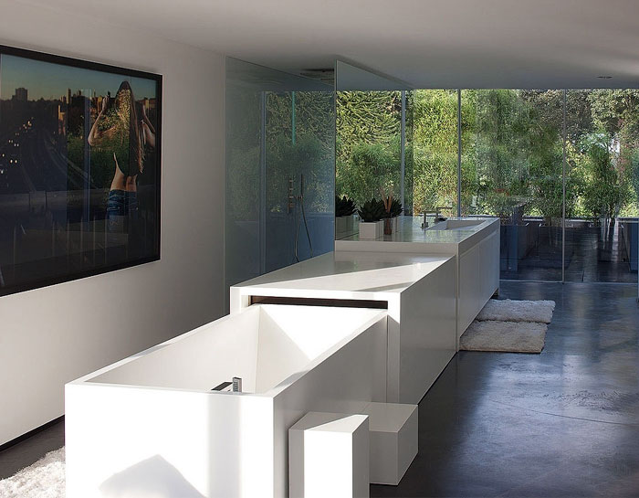 glass-apartment-expansive-views8