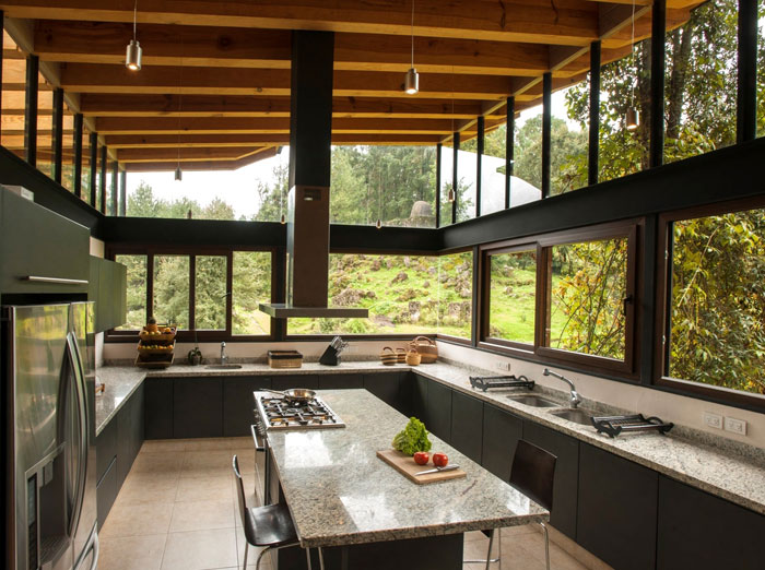 kitchen-covered-wood-glass6
