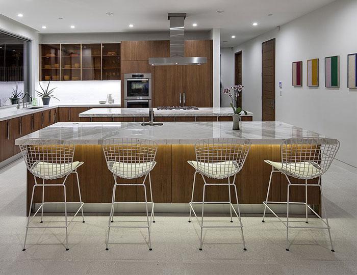 sunset-plaza-kitchen-interior4
