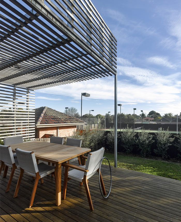 outdoor-dining-space1