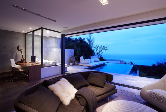 residence-airy-light-interior