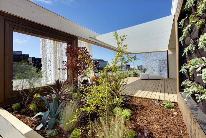 attractive-solar-powered-house6