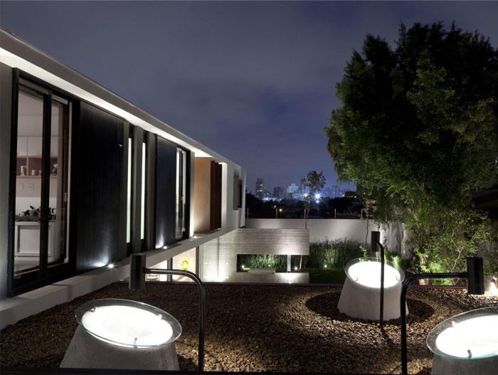 brazilian-residence-concrete-walls4