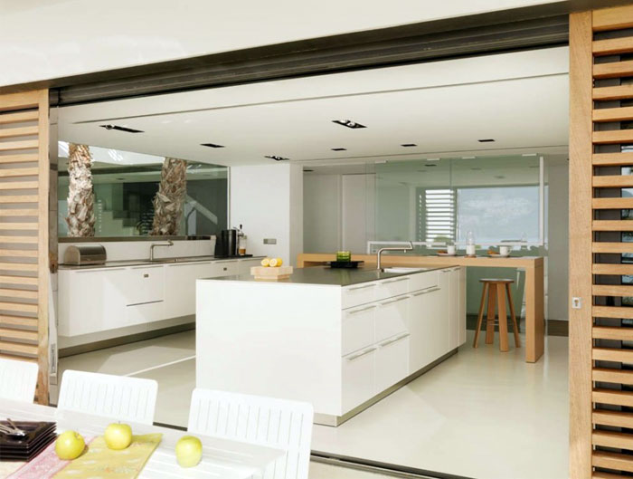 white-kitchen-furniture