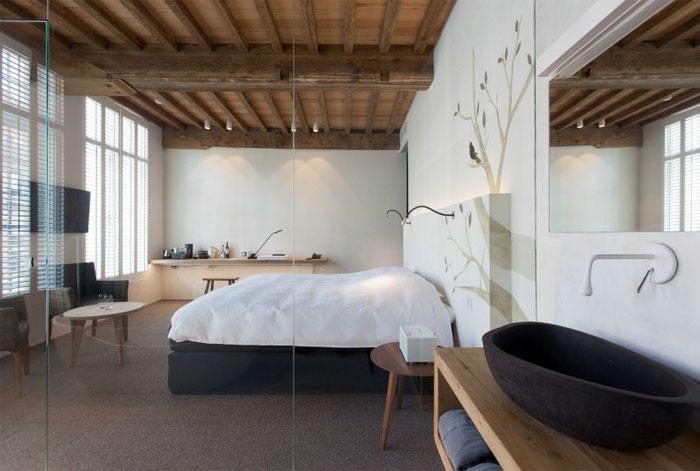 peaceful-calm-relaxing-bedroom