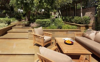 separate secluded natural outdoor space3 338x212