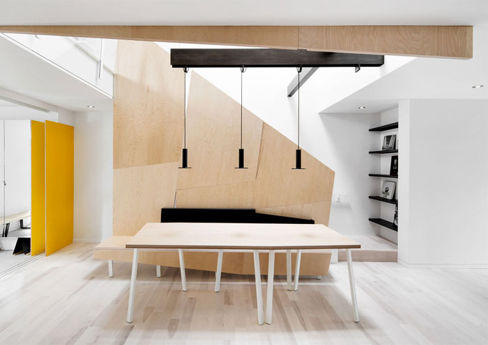 wooden-shelves-sculptural-element