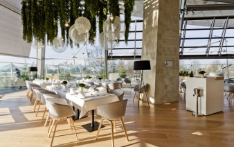 elegant dining room furnished oak wood 338x212