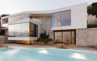 mediterranean house outdoor 338x212
