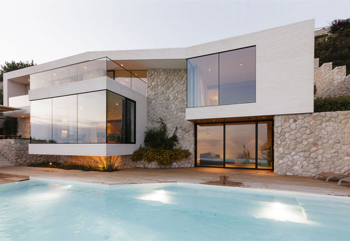 mediterranean-house-outdoor