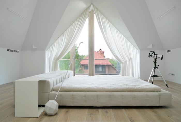 russian-house-bedroom
