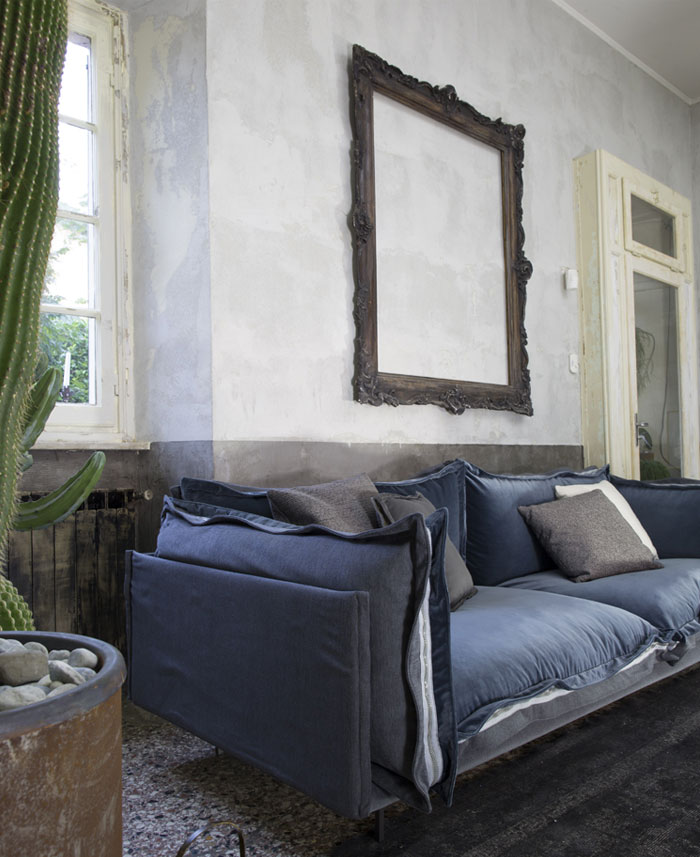two-sided-blue-cover-sofa