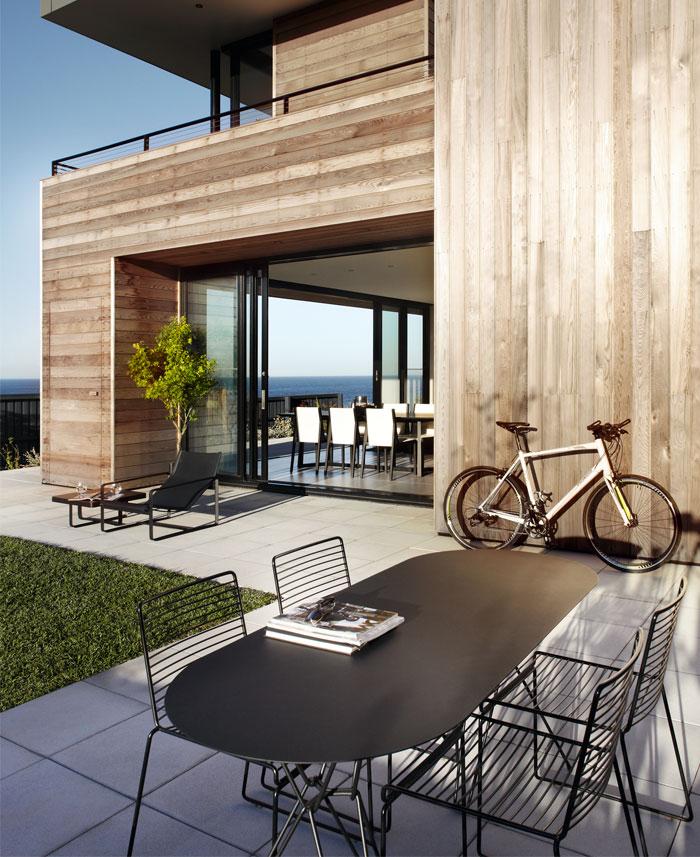 cedar-cladded-house-garden