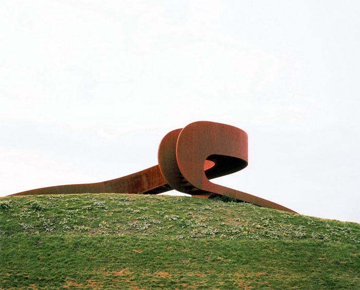 elastic-perspective-stair