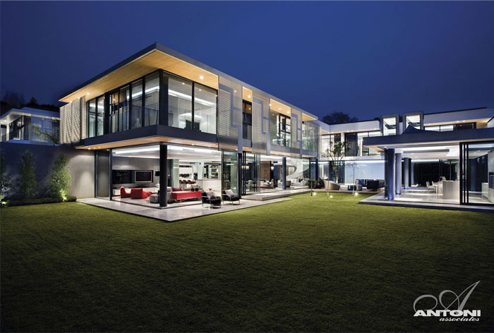exciting rectangular architecture