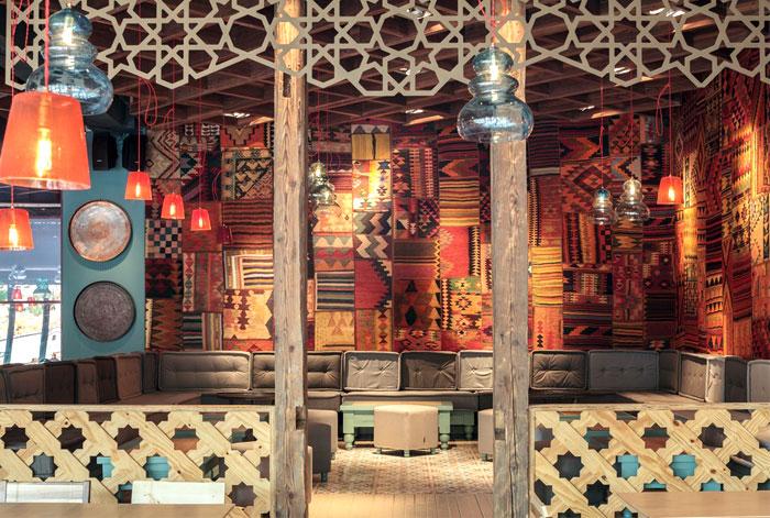 interior-decorative-cooper-elements-walls