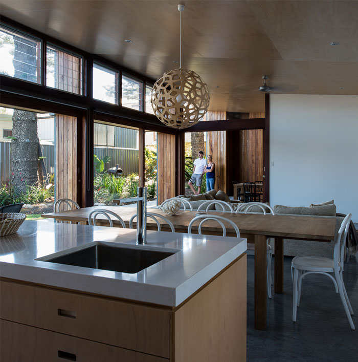 plywood-kitchen-living-room-ceiling
