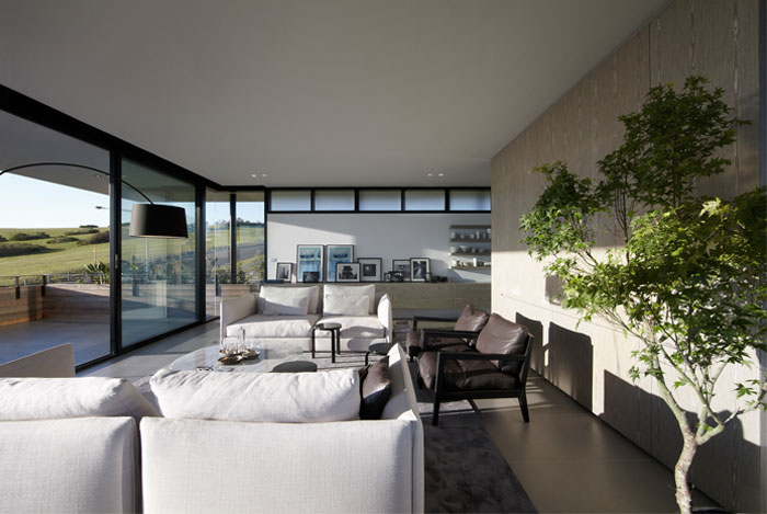 white-grey-color-scheme-living-room