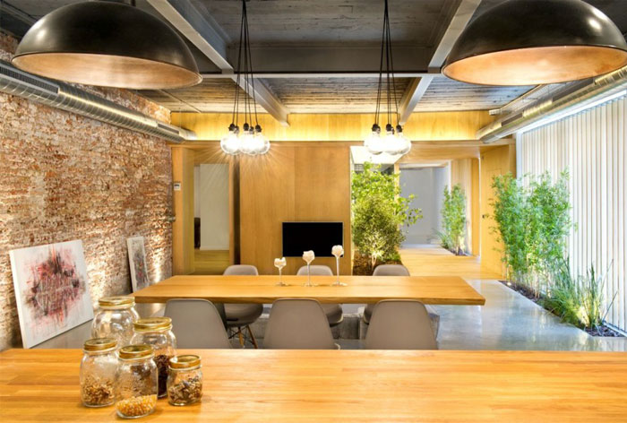 wooden-boards-countertop-dinner-table