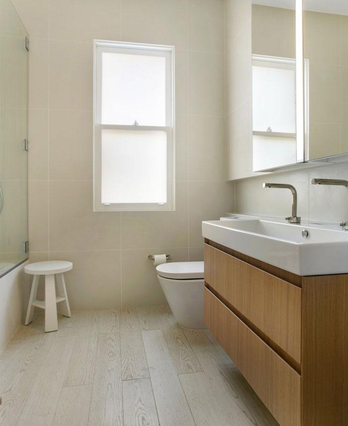 achromic palette bathroom