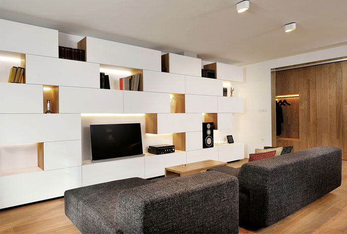 contemporary-approach-classics-furnishing
