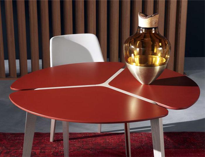 sculptural-solid-oak-dining-tables-sacha-lakic