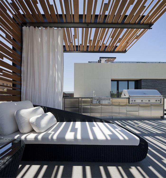 sun-screen-facade