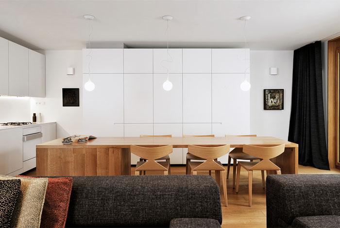 white-high-gloss-lacquer-kitchen