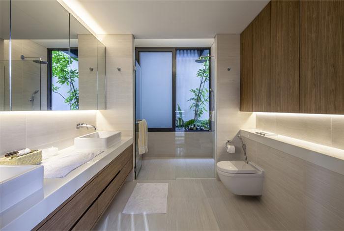 comfortable-stylish-marble-wood-decor-bathroom