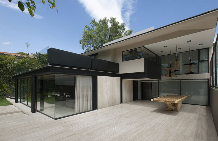 east-west-orientated-single-familiy-home