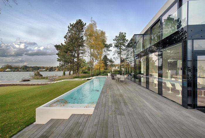 house-great-location-near-beautiful-lake