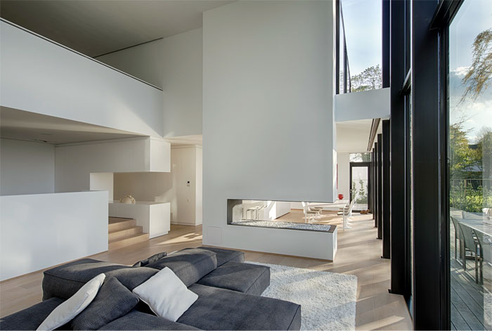light-contemporary-living-room-fireplace