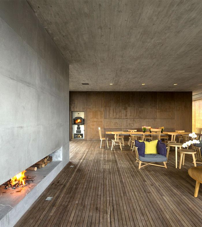 natural-stylish-sustainable-furniture