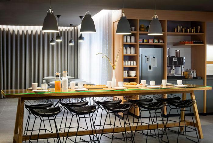 okko-hotel-dining-area