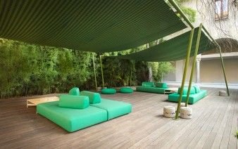 outdoor long lasting furniture 338x212