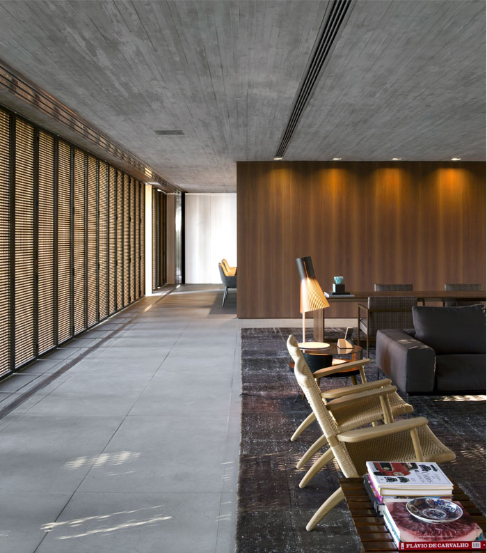 Minimalist P House Made Of Concrete And Wood Interiorzine