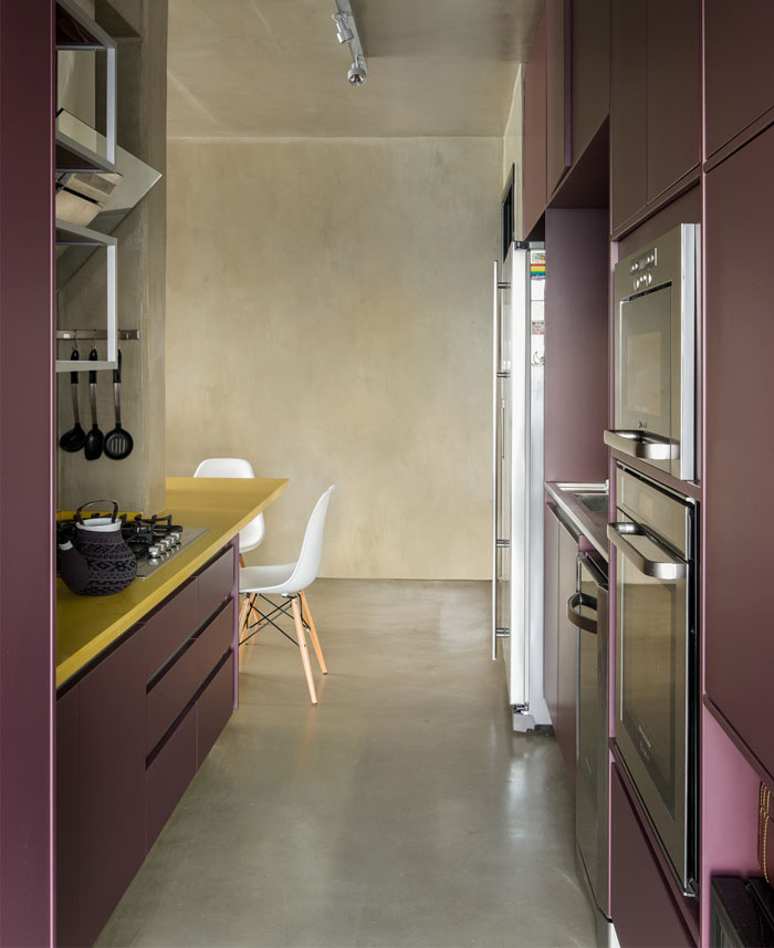 purple-kitchen-decor