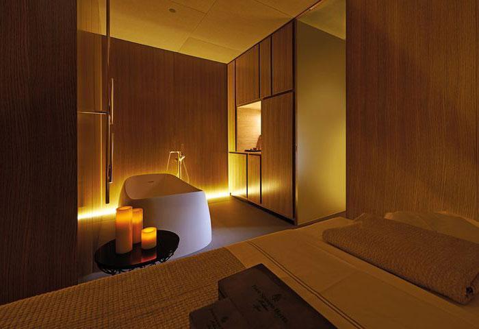 spa-decor-soft-earth-tones