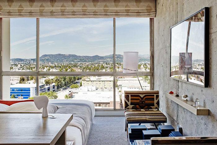 amazing-hip-hotel-floor-to-ceiling-windows