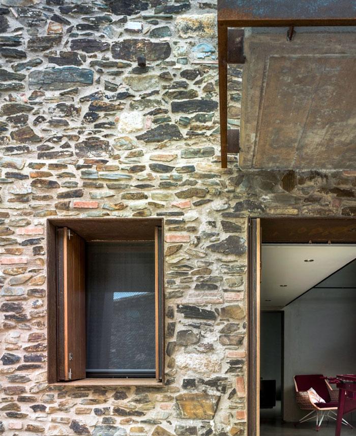 beautiful-massive-stone-walls