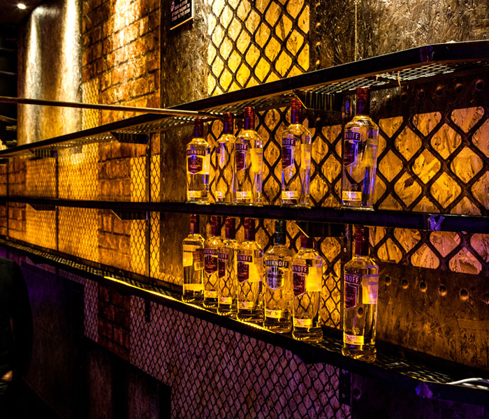 club-walls-covered-osb-printed-panels
