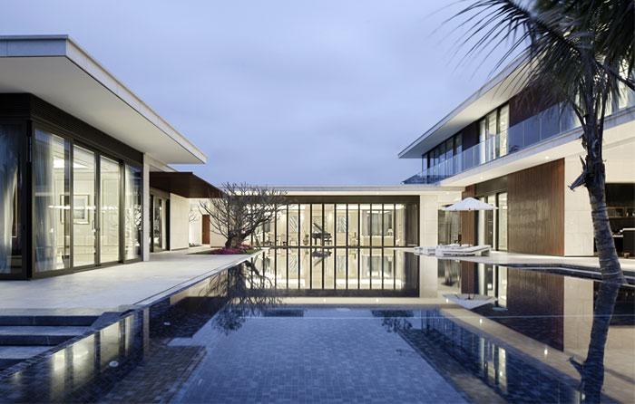 modern-luxurious-villa-outdoor