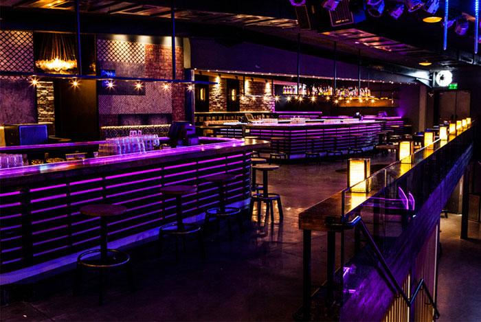 new-forum-club-bar-decor